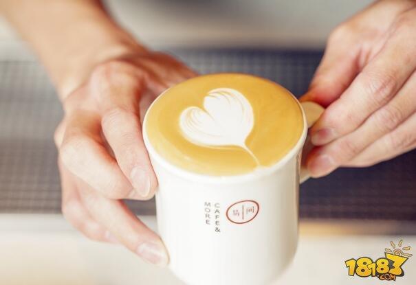 跨界下凡 易间咖啡在等一个人