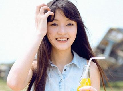 阳光柠檬少女户外可爱俏皮火辣唯美写真