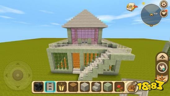 再把二楼小房子的顶封起来,下图用的是尖顶,如何喜欢其他样式的可以