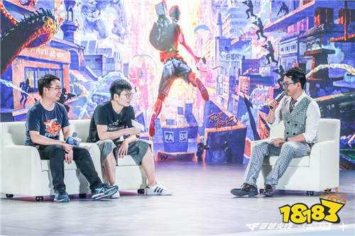 重庆惊现有史以来最大游戏周边 CF打造长江穿越现实之旅