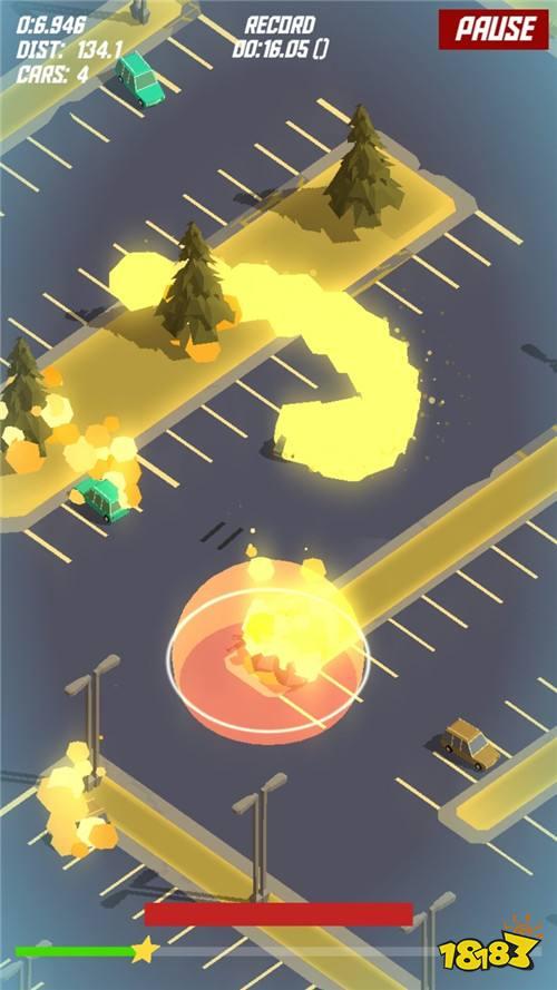 动作手游《无尽停车场》 灵活控制车辆来躲避警车及障碍物