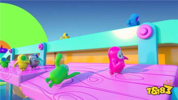《糖豆人:终极淘汰塞》增加混乱中立大锤 北通阿修罗2游戏手柄乐趣翻倍