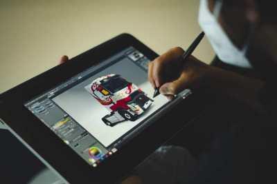 雷诺联动《欧卡2》宣发新车型 官方设计大赛同步开启