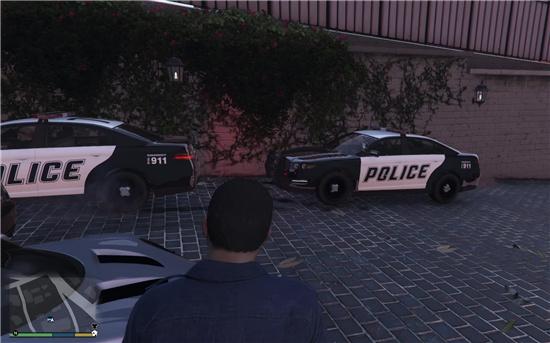 gta5怎么进入警察模式